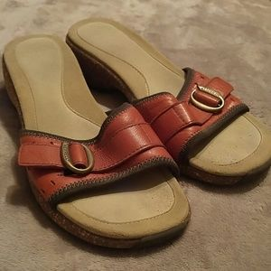Merrell Rust Color Leather Slides Size 9